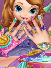 Barbie isi face unghiile