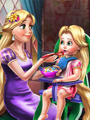Barbie Si Rapunzel Hranesc Copilul